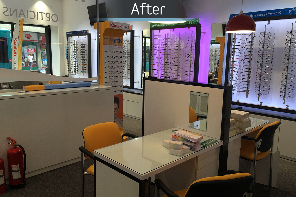 Dunstable Eye Centre dispensing desk after commercial Interior design and refurbishment by Mewscraft
